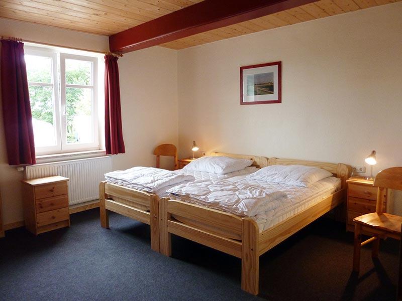 Zimmer unten - Zimmervermietung Bertuch